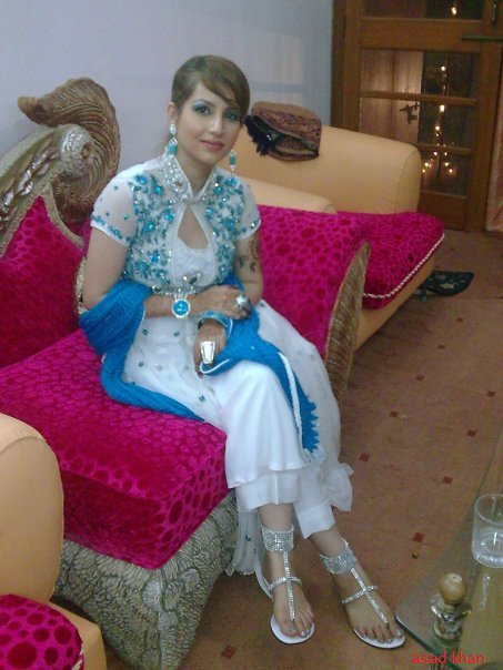 beautiful naked women pakistani girls