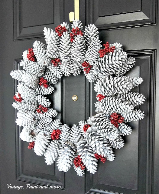 Vintage, Paint and more... a seasonal wreath made with pine cones, faux berries, white spray paint and glitter