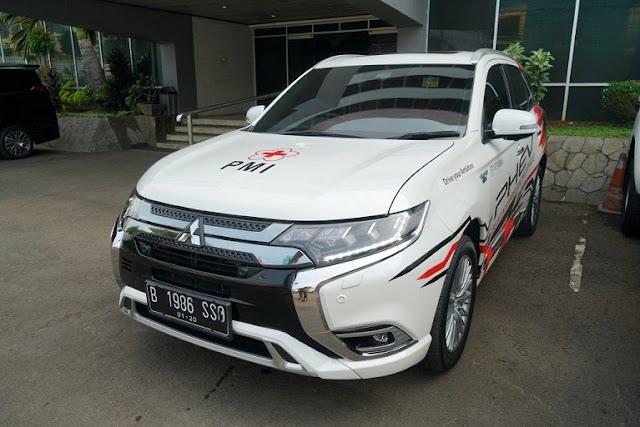 Dilengkapi Sistem Discharging Listrik, Mitsubishi Pinjamkan Outlander PHEV ke PMI