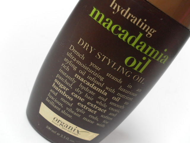 A picture of Organix Hydrating Macadamia Oil Dry Styling Oil