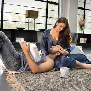 """Ranbir sat on the lap of Aishwarya in the movie """"Ae Dil Hai Mushkil"""""""