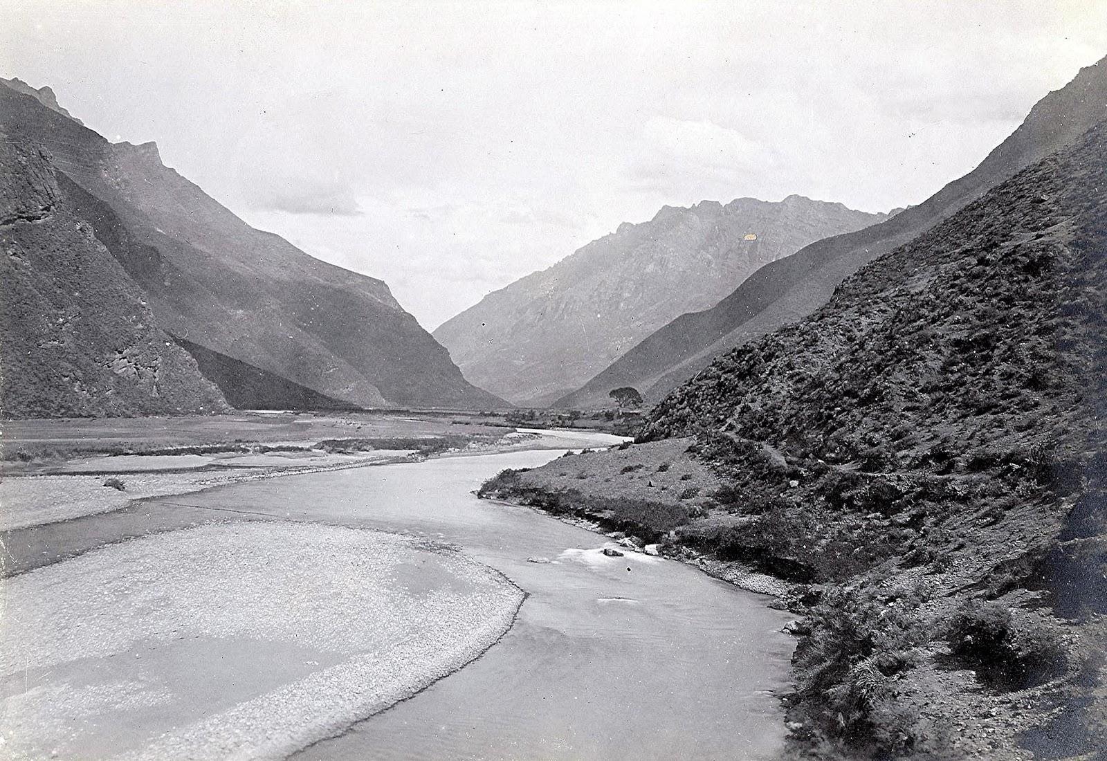 Foto antigua del río Vilcanota en el Cusco
