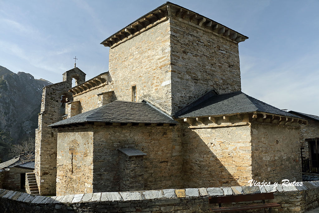 Iglesia mozárabe de Peñalba de Santiago, León