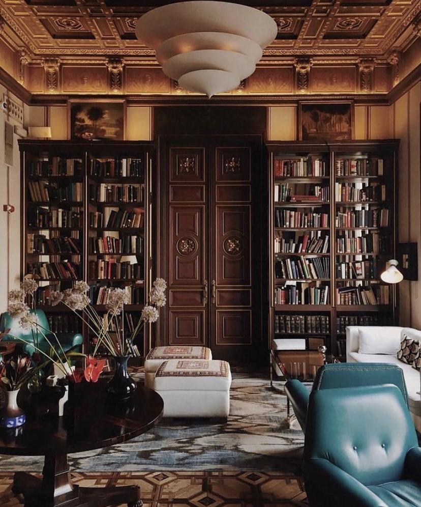 Interior Designer: Lázaro Rosa-Violán, Barcelona