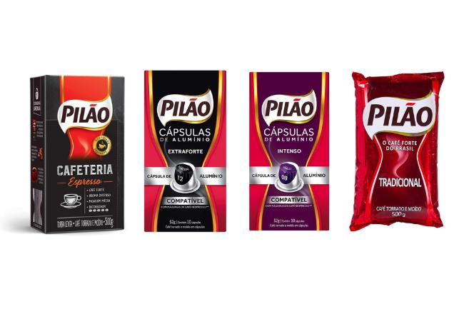 Varias embalagens de café Pilão