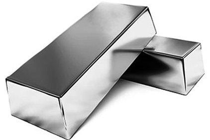 الفضة تصل إلى أعلى مستوياتها منذ ٢٠١٠ وتوقعات بالمزيد