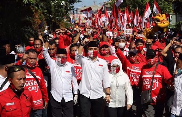 Kader PDIP Surabaya Konvoi Antar Cawalkot ke KPU, Bawaslu Sebut Bukan Pelanggaran