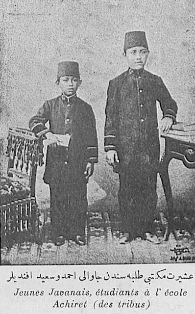 Menelusuri Jejak Khilafah di Nusantara (bagian keempat)
