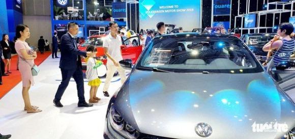 Tịch thu 7 ôtô Trung Quốc có 'đường lưỡi bò' phi pháp