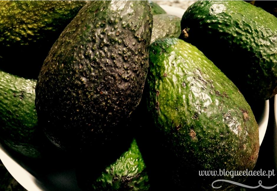Como escolher abacate + truques para escolher os melhores abacates + guacamole+ a melhor receita de guacamole+ blogue português de casal + receitas + dicas e truques+ pedro e telma