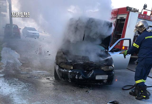 Στις φλόγες τυλίχθηκε αυτοκίνητο στην Ε.Ο. Κορίνθου – Τριπόλεως