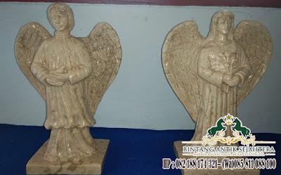 Patung Malaikat Marmer, Patung Marmer