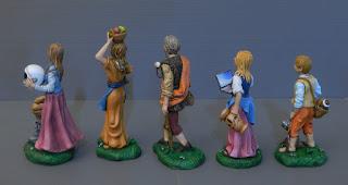 statuette artigianali pastorelli personalizzati ritratto famiglia orme magiche