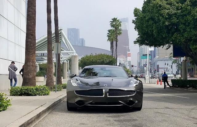 dwell-on-design-modenus-dwell-magazine-dwell-home-tours-LA-dvd-interior-design-the-line-hotel-karma-automotive