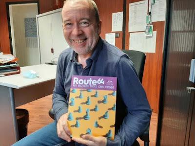 Fabrice Hodecent vient de sortir le premier numéro de la revue spécialisée sur les échecs (mais grand public) Route 64 - Photo © Journal du Pays Yonnais