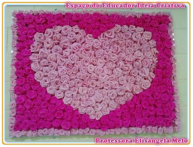 Quadro Coração Rosas de Papel Crepom