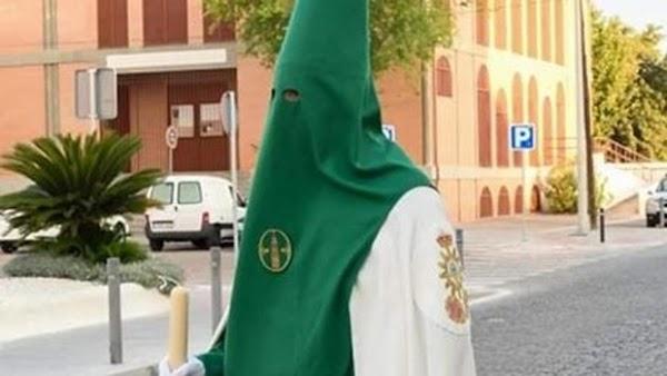 La O de Córdoba aprueba el diseño de la cruz de guía, el bacalao y el futuro hábito nazareno