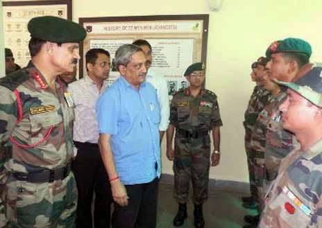 Manohar Parrikar, Defence Minister of India, Defence Minister Manohar Parrikar, Manohar Parrikar in Assam, Manohar Parrikar at Red Horns Division at Rangiya, Red Horns Division at Rangiya