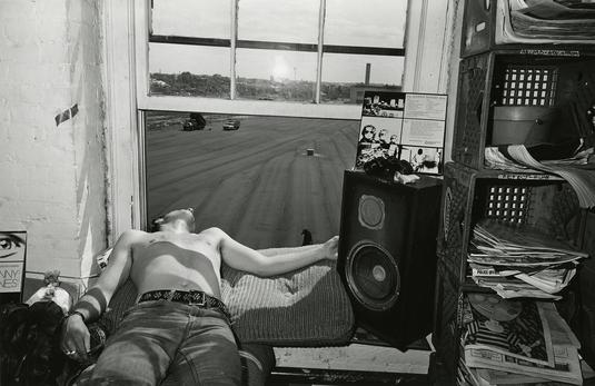 by por Sage Sohier - Boston, MA - 1980 | photos | imagenes bellas, fotos en blanco y negro bonitas | cool pics | 80s America