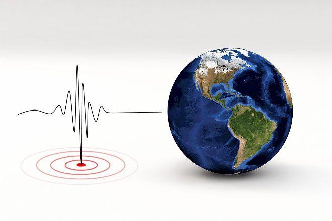 Diguncang Gempa 7,1 SR, BMKG Beri Peringatan Dini Tsunami di Sulawesi Utara dan Maluku Utara