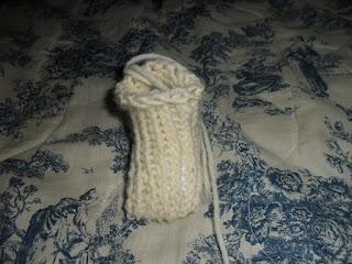 chaussons pour bébé en tricotin géant