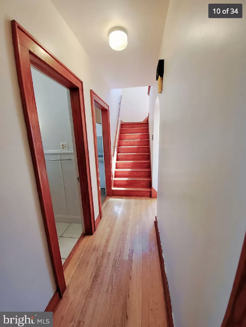 hallway and Craftsman trim Sears Lorain • 270 Broad Street, Landisville, Pennsylvania