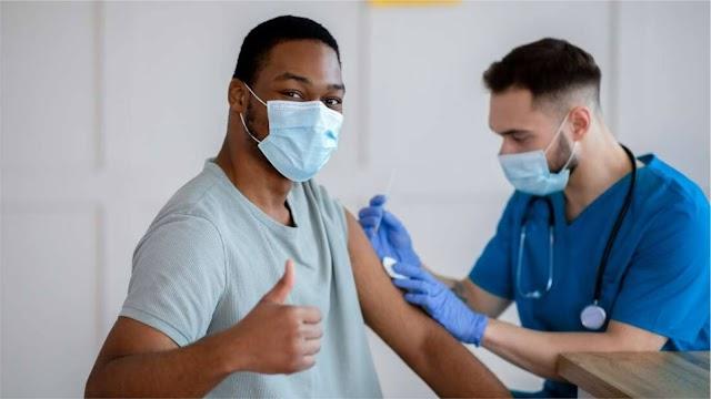 SALUD. Moderna anuncia el desarrollo de la vacuna de refuerzo de una dosis contra la gripe y el coronavirus