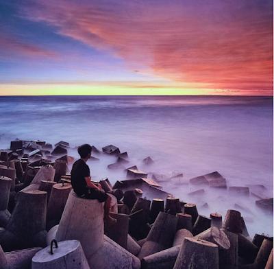Indahnya sunset di Pantai Glagah