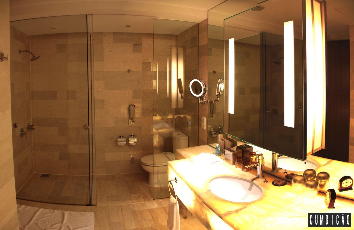 Onde Ficar em Kuala Lumpur? Traders Hotel um 5 estrelas maravilhoso #C48207 1373 893