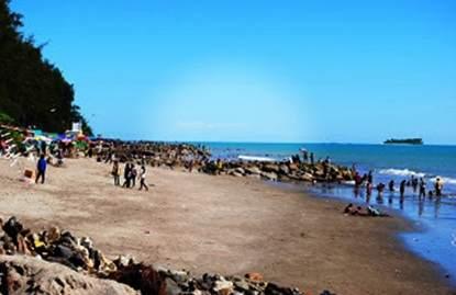 Objek wisata eksotis Pantai Gandoriah