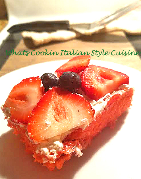 Strawberry Blueberry Banana Poundcake