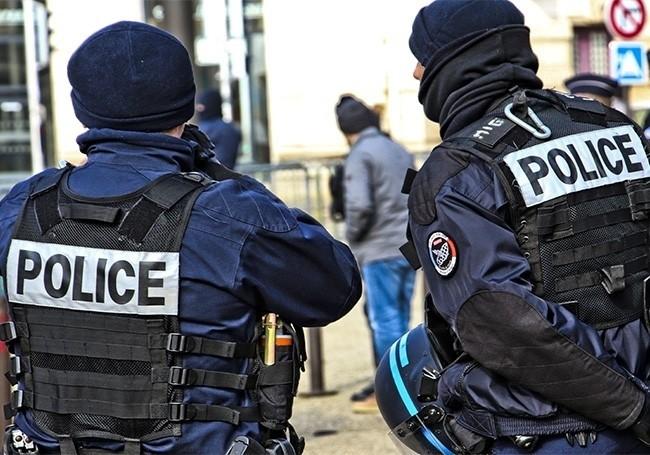 VIDÉO : Un demandeur d'asile afghan poignardé à la gorge, Gare du Nord à Paris