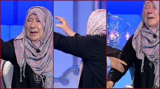 بالفيديو: انهيار والدة فخري الاندلسي في المباشر لحظة مشاهدة ابنها