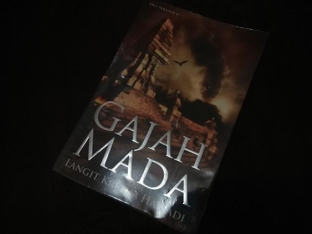 """Resensi Novel """"Gajah Mada"""""""