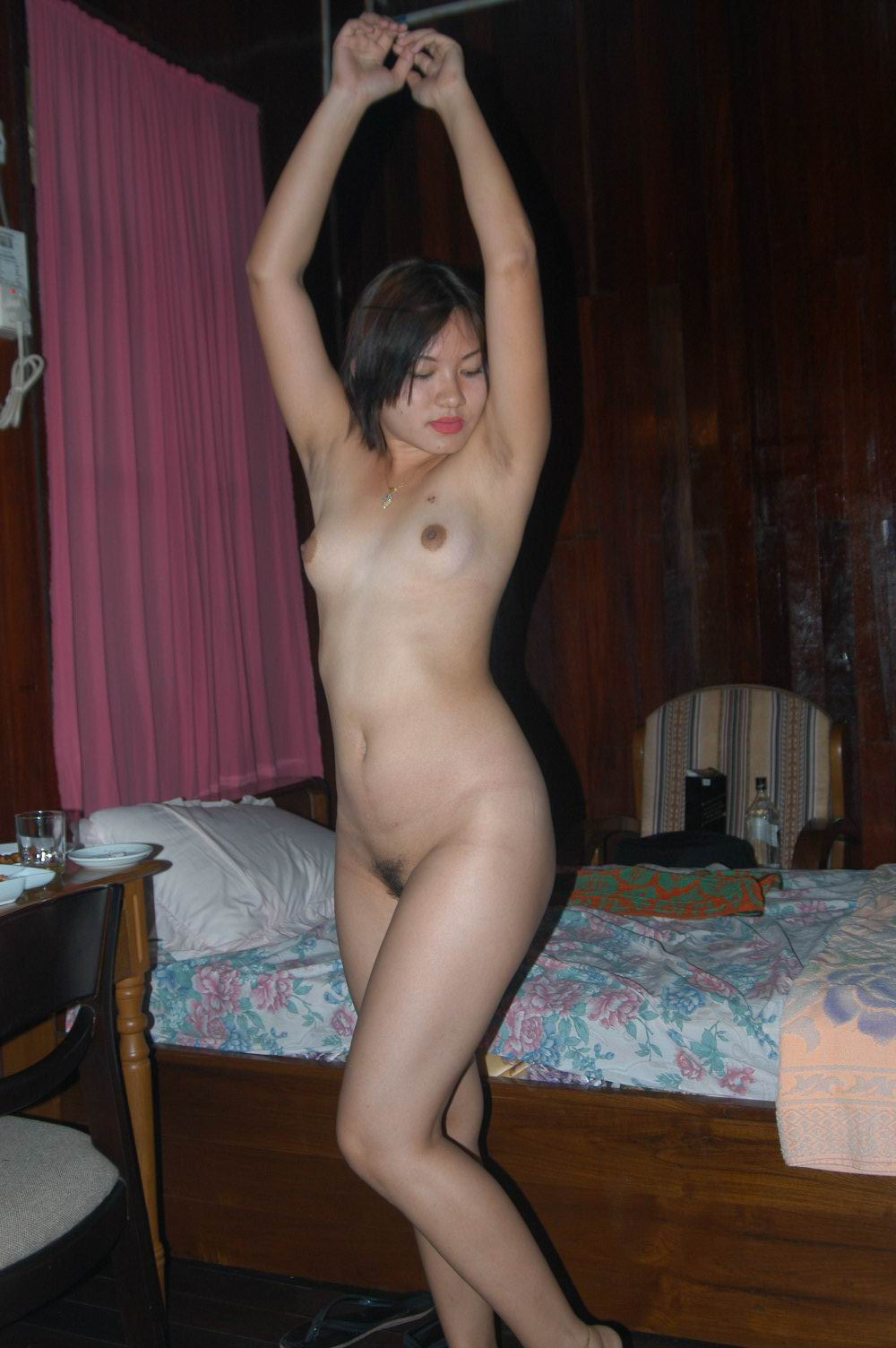 Girls nude on bed