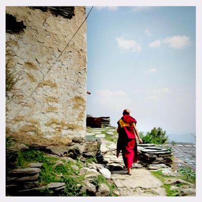 ကုိသစ္ (သီတဂူ) ● မုန္တုိင္းထဲက ဖေယာင္းတုိင္ - အပုိင္း (၁၆)