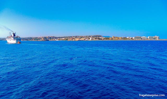 A Cidade de Rodes vista do mar, Grécia