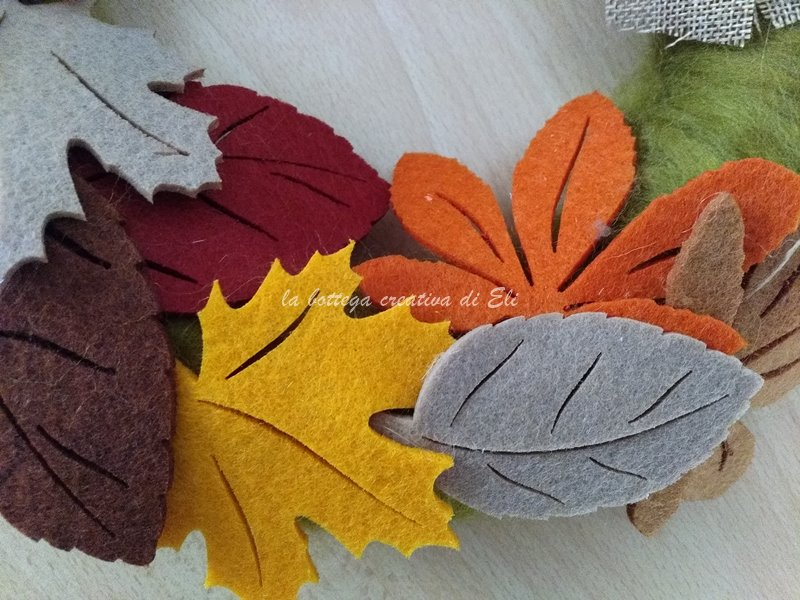 foglie di feltro per una ghirlanda autunnale