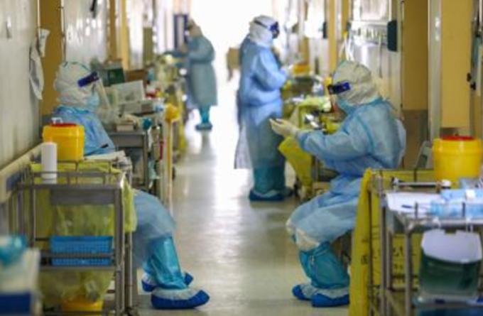 Brasile: più morti in un anno di Covid che per Aids negli ultimi 23