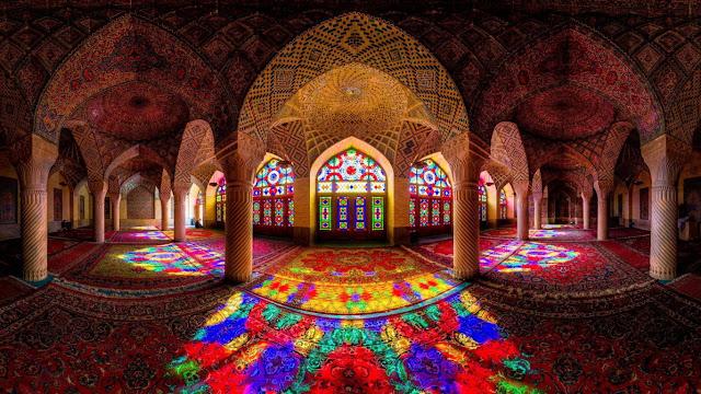 gambar interior masjid indah