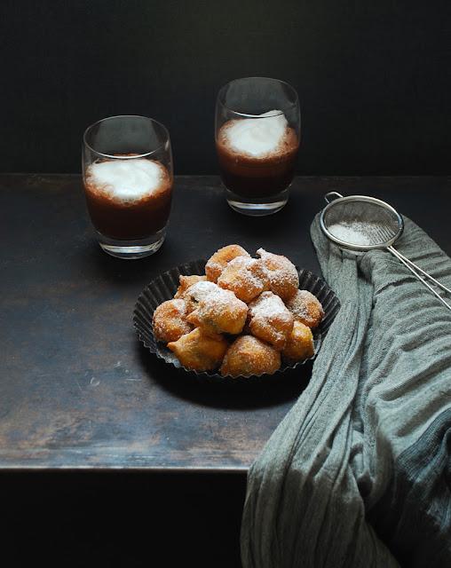 Buñuelos rellenos de crema de chocolate {sin gluten}