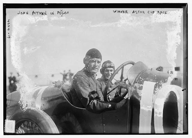 Piloto carro antigo Indy