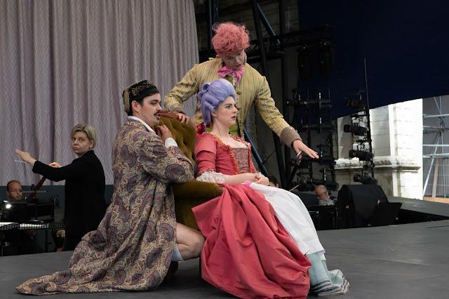 Mozart: Le nozze di Figaro - Lada Valešová, Jacob Philips, Charlotte Bowden, Guy Withers - Opera Holland Park (Photo Ali Wright)