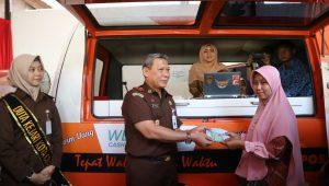 Walikota Mengapresiasi Inovasi Layanan  Pembayaran Tilang Oleh Kejaksaan Negeri Kota Cirebon