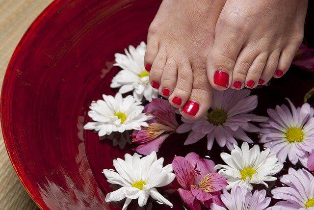Escalda-pés para melhorar qualquer dia difícil