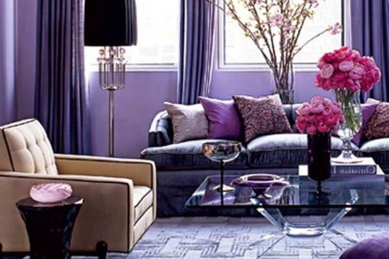 Dekorasi Ruang Tamu Minimalis Dengan Nuansa Warna Ungu Tampak Cantik Dan Elegan