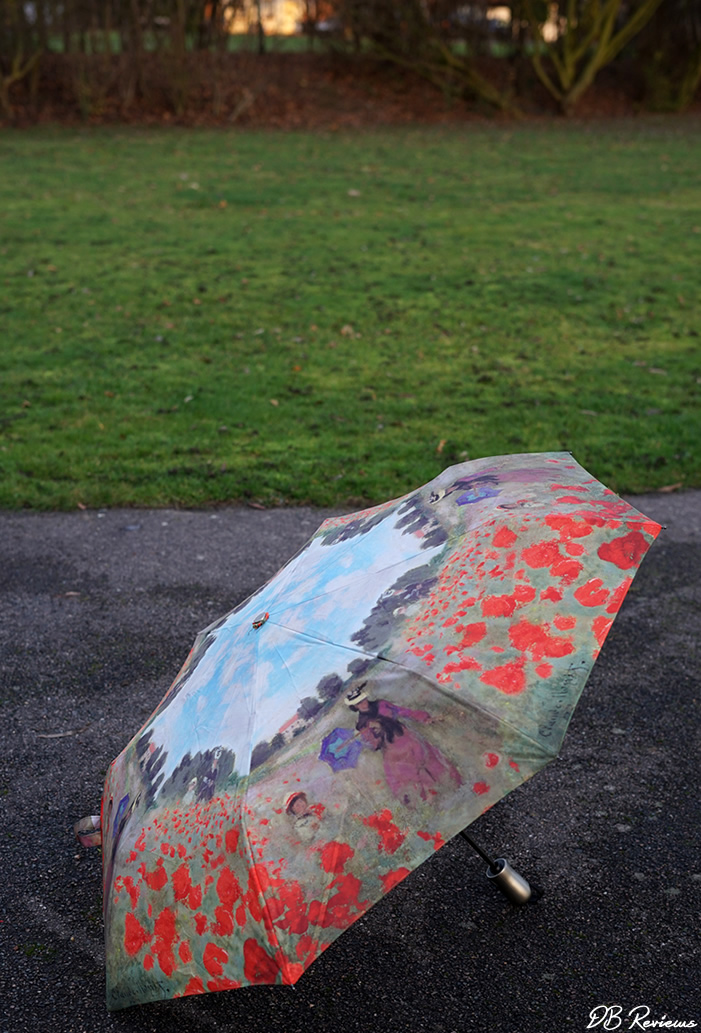 Galleria Monet's Poppy Field Folding Style Umbrella