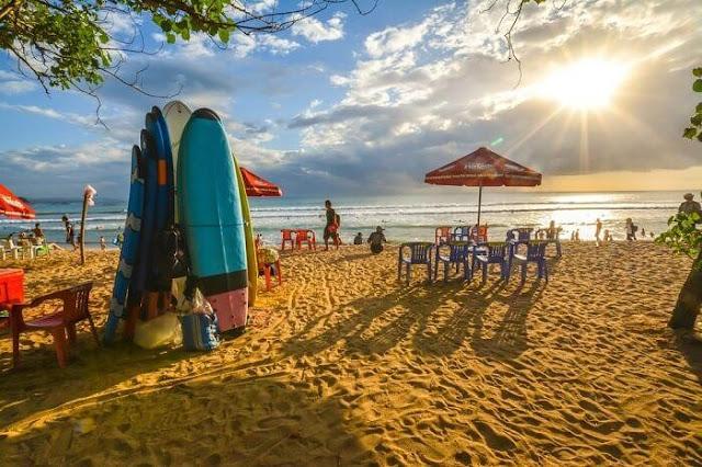 tempat wisata populer pantai kuta