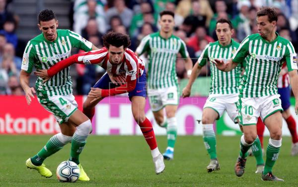 بث مباشر مباراة أتلتيكو مدريد وريال بيتيس اليوم 11-7-2020 الدوري الإسباني