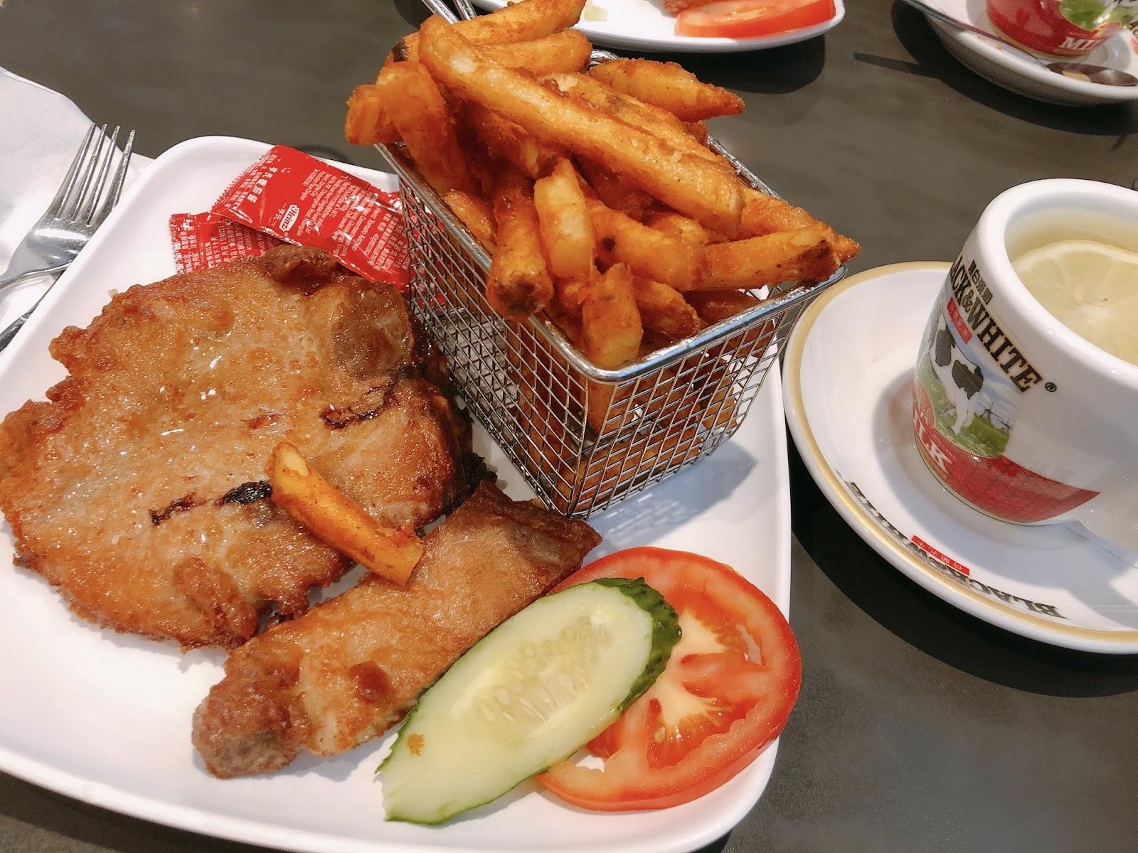 Helen's Kitchen: 豬扒午餐@元朗冰室